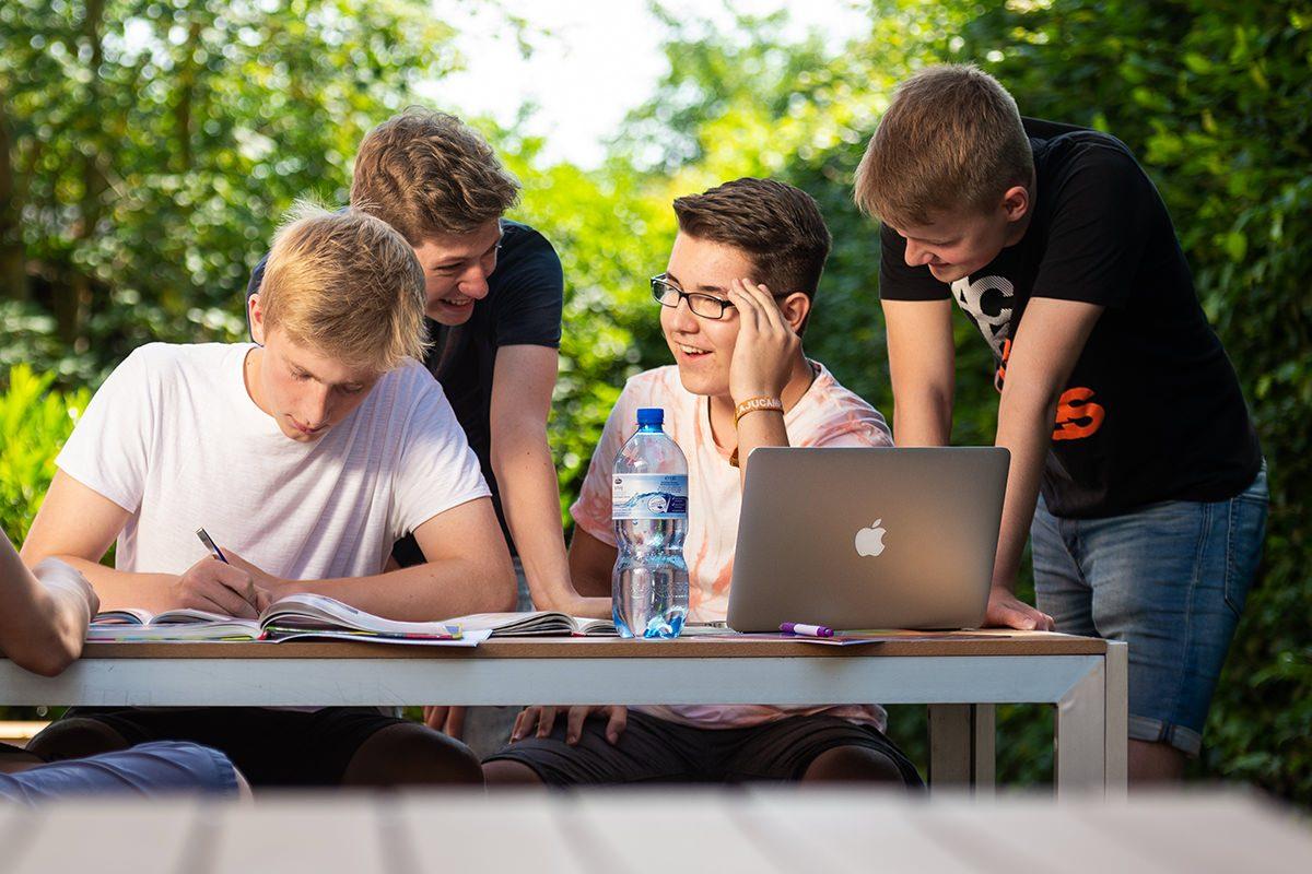 Gymnasium Lüneburger Heide mit kleinen Klassen mit der Grenze maximal 22 Plätzen