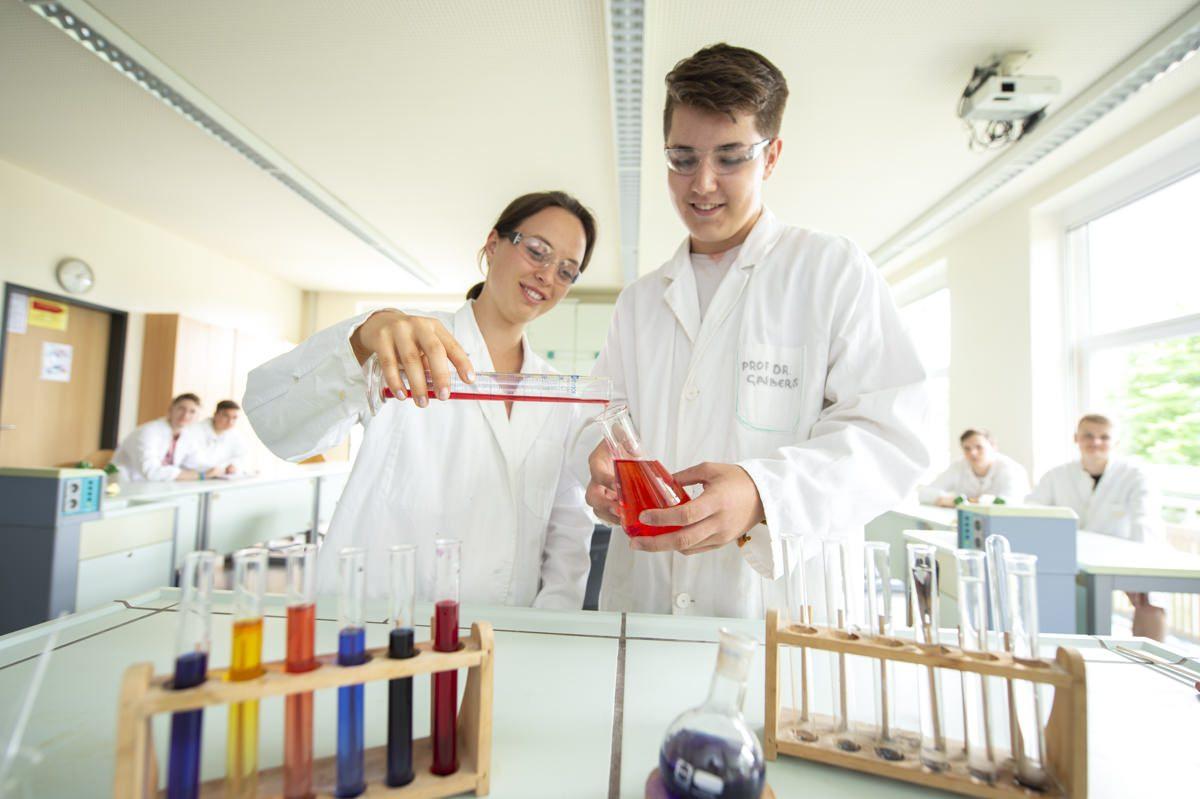 Chemie Unterricht am Gymnasium Lüneburger Heide
